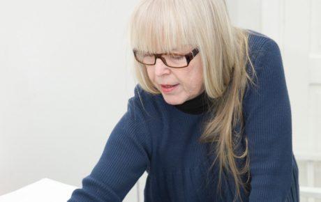 Ensimmäinen Dahlström Eminentia <br> -palkinto Anna-Maija Aarrakselle