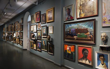 Suomen kuvataidekohteissa lähes neljä miljoonaa käyntiä viime vuonna – taidemuseoissa kaikkien aikojen käyntiennätys