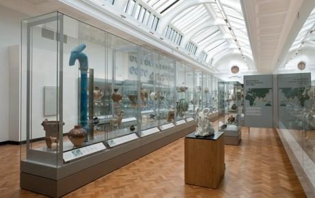 Uusi residenssi suomalaisille keramiikkataiteilijoille Victoria and Albert -museossa