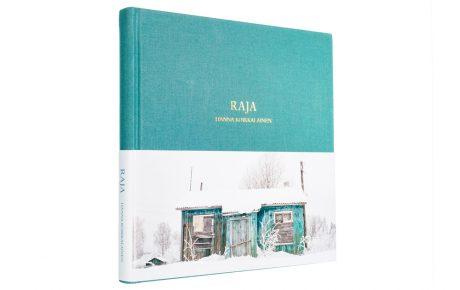 Vuoden kaunein kirja on Hanna Koikkalaisen valokuvakirja Raja