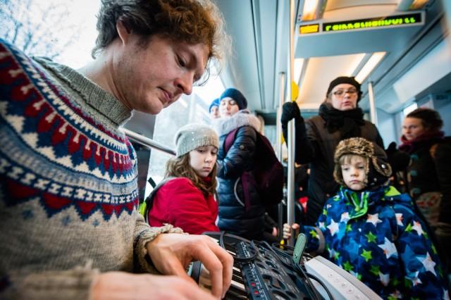Antti Tolvi IHME-teoksen testissä tammikuussa. Kuva: Veikko Somerpuro