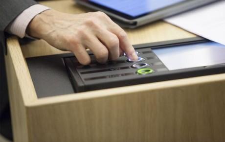 Eduskunta hyväksyi kiistellyn työttömyysturvalain muutoksen