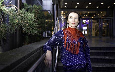 Marja Helander kesän 2019 Mäntän kuvataideviikkojen kuraattoriksi