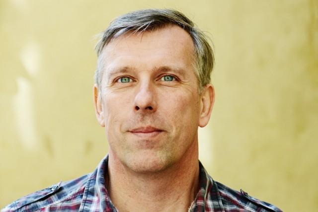 Suomen Valokuvataiteilijoiden liiton toiminnanjohtaja Timo Parkkonen. Kuva: Ida Pimenoff