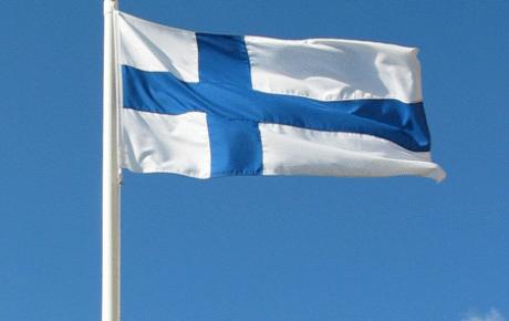 Heinäkuussa liputetaan Suomen kuvataiteen kunniaksi