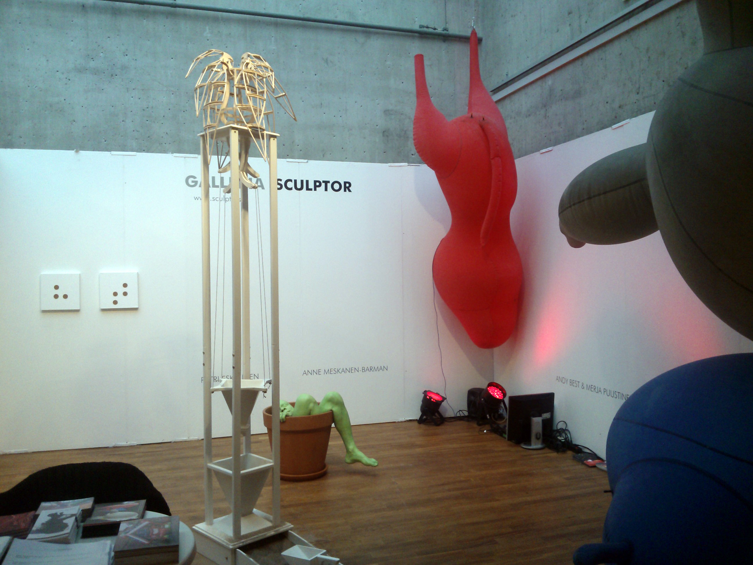 Galleria Sculptorin osasto Supermarket – Stockholm Independent Art Fair -taidemessuilla
