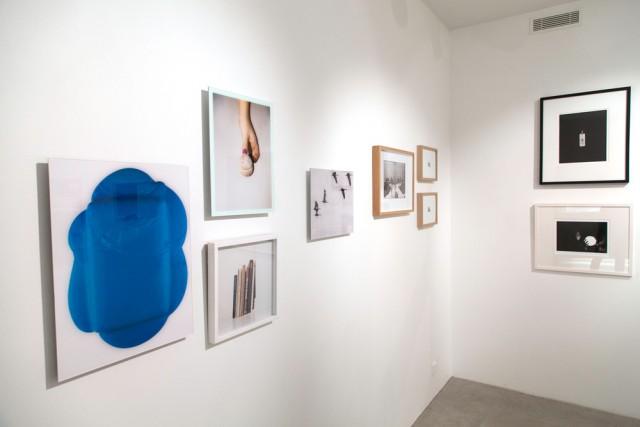 Hippolyte Studiossa on kesäkauden ajan myyntinäyttely, jossa esitellään 18:n Valokuvataiteilijoiden liiton jäsentaiteilijan teoksia.