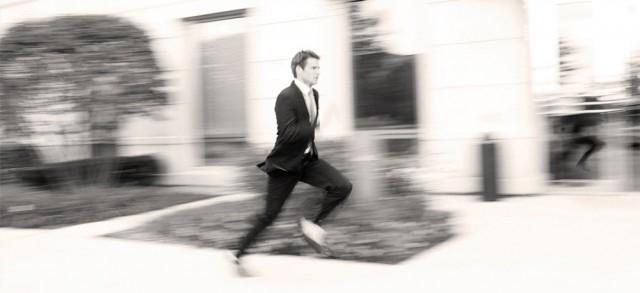 Nestori Syrjänen: Running Man.