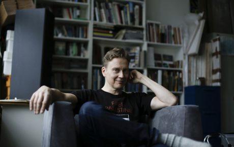 STS:n puheenjohtaja Teemu Mäki: Kuka maksaisi siitä, että taide tarjoaa ihmisille ajattelemisen aihetta?