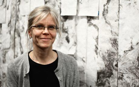 Tuula Närhinen sai Suomen Taiteilijaseuran kuvataiteilijapalkinnon 2016